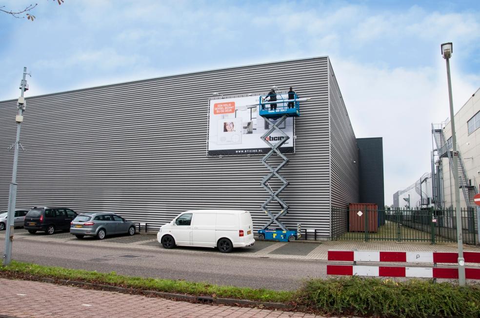 Legrand Nederland BV - Spandoek XL
