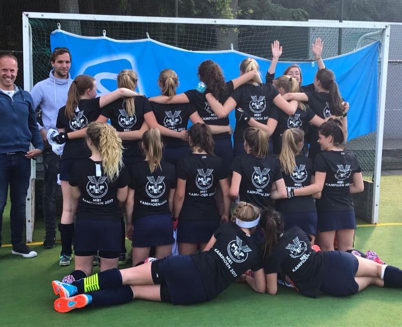 MEP MB1 - Kampioensshirts