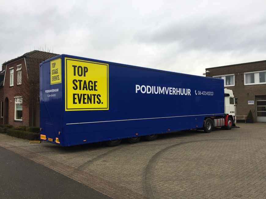 Top Stage Events - Belettering podiumwagen