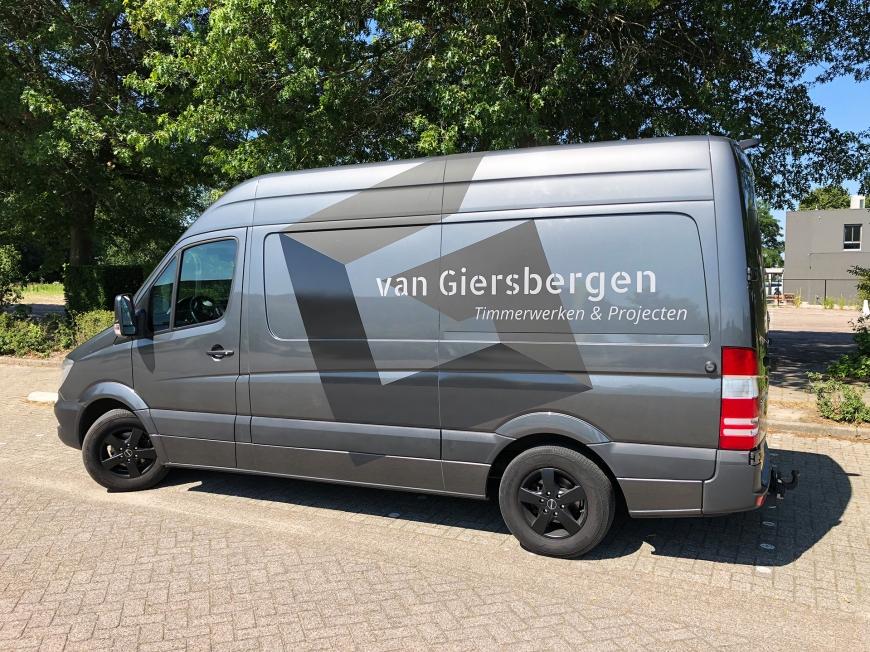 Van Giersbergen Timmerwerken & Projecten - autobelettering